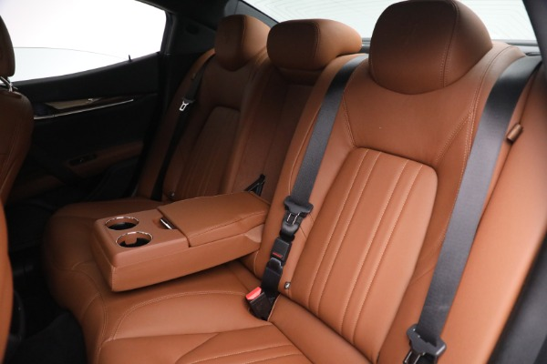 Used 2018 Maserati Ghibli S Q4 for sale $54,900 at Bentley Greenwich in Greenwich CT 06830 23