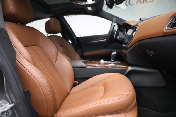 Used 2018 Maserati Ghibli S Q4 for sale $54,900 at Bentley Greenwich in Greenwich CT 06830 26