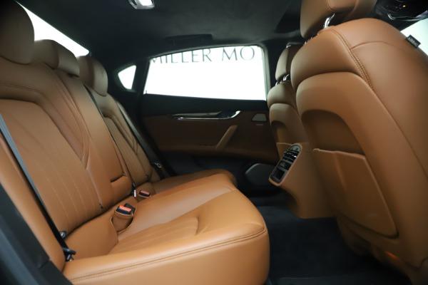 Used 2018 Maserati Quattroporte S Q4 GranLusso for sale $65,900 at Bentley Greenwich in Greenwich CT 06830 25
