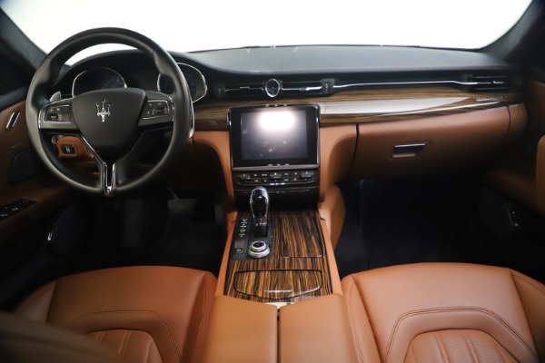 Used 2018 Maserati Quattroporte S Q4 GranLusso for sale $65,900 at Bentley Greenwich in Greenwich CT 06830 27