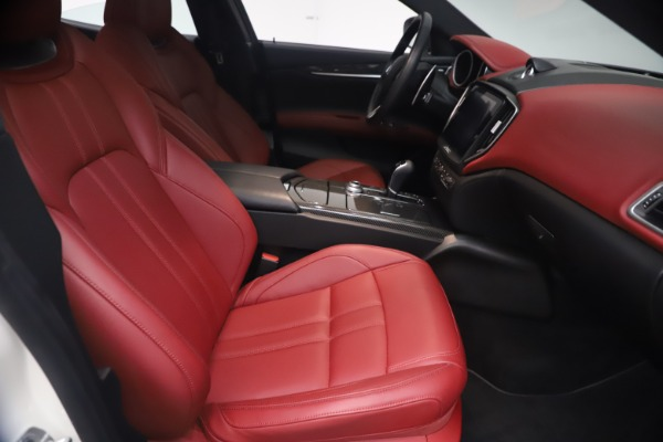Used 2018 Maserati Ghibli S Q4 GranSport for sale $55,900 at Bentley Greenwich in Greenwich CT 06830 23