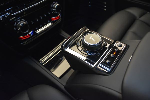 Used 2018 Rolls-Royce Phantom for sale Sold at Bentley Greenwich in Greenwich CT 06830 15