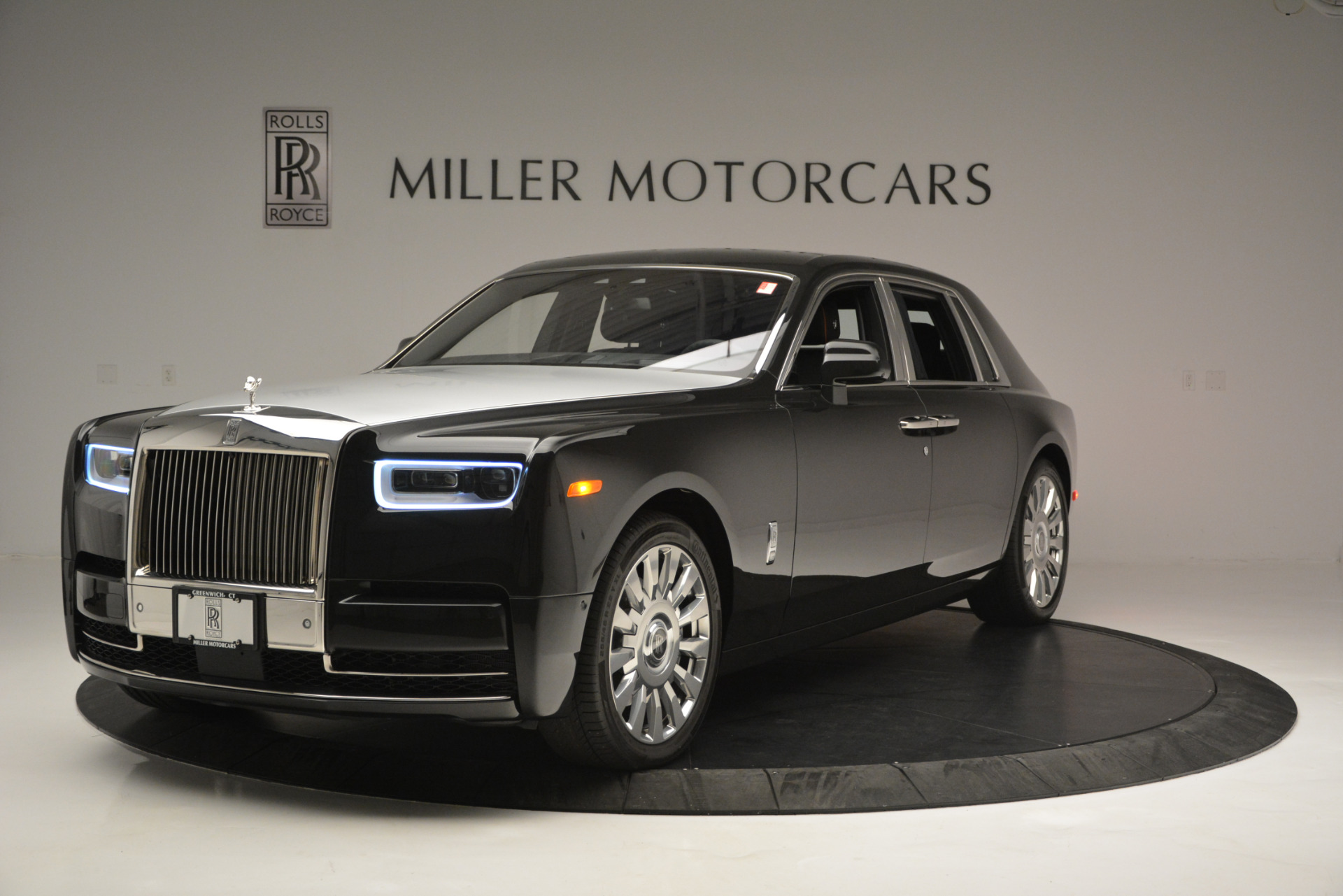 Used 2018 Rolls-Royce Phantom for sale Sold at Bentley Greenwich in Greenwich CT 06830 1