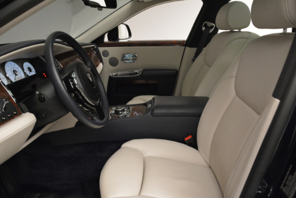 Used 2015 Rolls-Royce Ghost for sale Call for price at Bentley Greenwich in Greenwich CT 06830 20