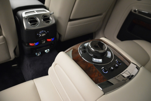 Used 2015 Rolls-Royce Ghost for sale Call for price at Bentley Greenwich in Greenwich CT 06830 28