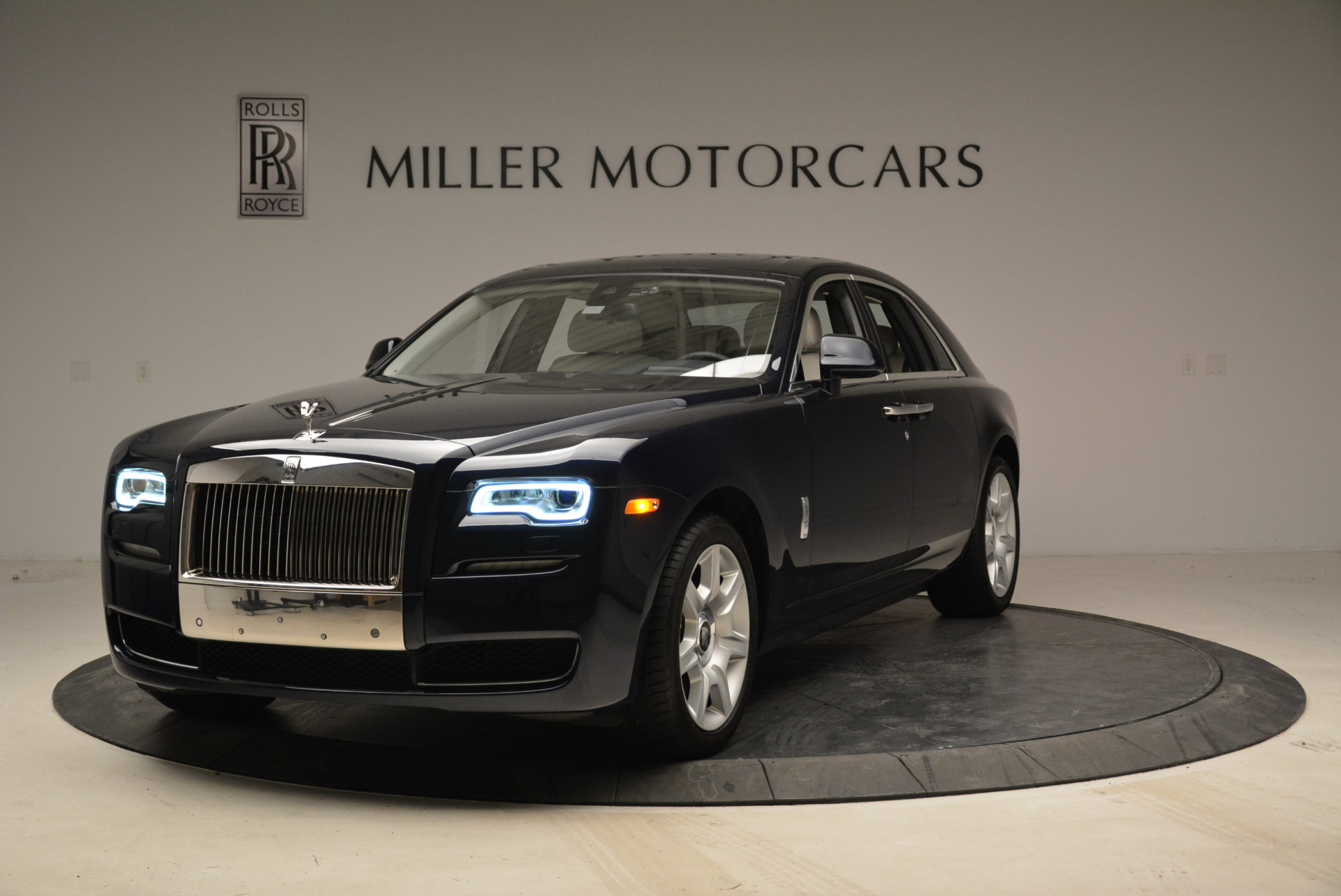 Used 2015 Rolls-Royce Ghost for sale Call for price at Bentley Greenwich in Greenwich CT 06830 1