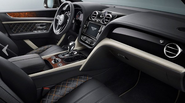 New 2018 Bentley Bentayga Mulliner for sale Sold at Bentley Greenwich in Greenwich CT 06830 13