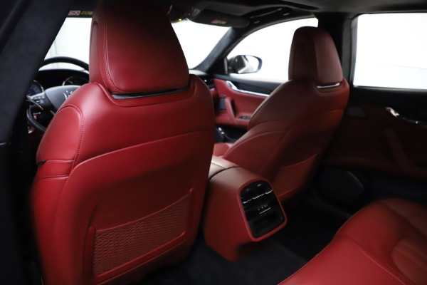 Used 2018 Maserati Quattroporte S Q4 GranSport for sale $67,900 at Bentley Greenwich in Greenwich CT 06830 20