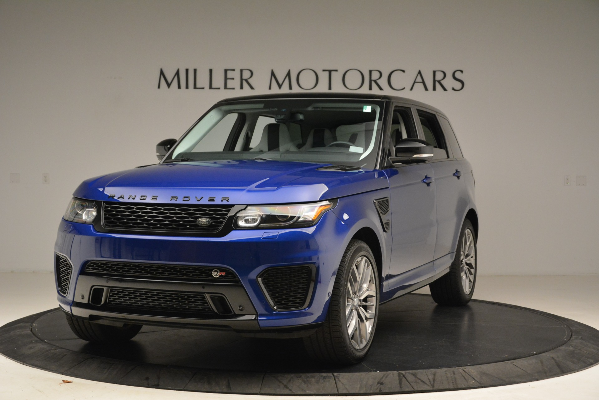 Used 2015 Land Rover Range Rover Sport SVR for sale Sold at Bentley Greenwich in Greenwich CT 06830 1