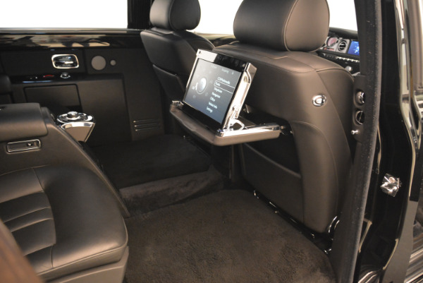 Used 2014 Rolls-Royce Phantom EWB for sale Sold at Bentley Greenwich in Greenwich CT 06830 17