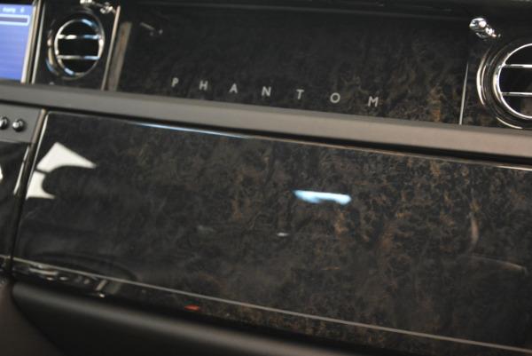 Used 2014 Rolls-Royce Phantom EWB for sale Sold at Bentley Greenwich in Greenwich CT 06830 24