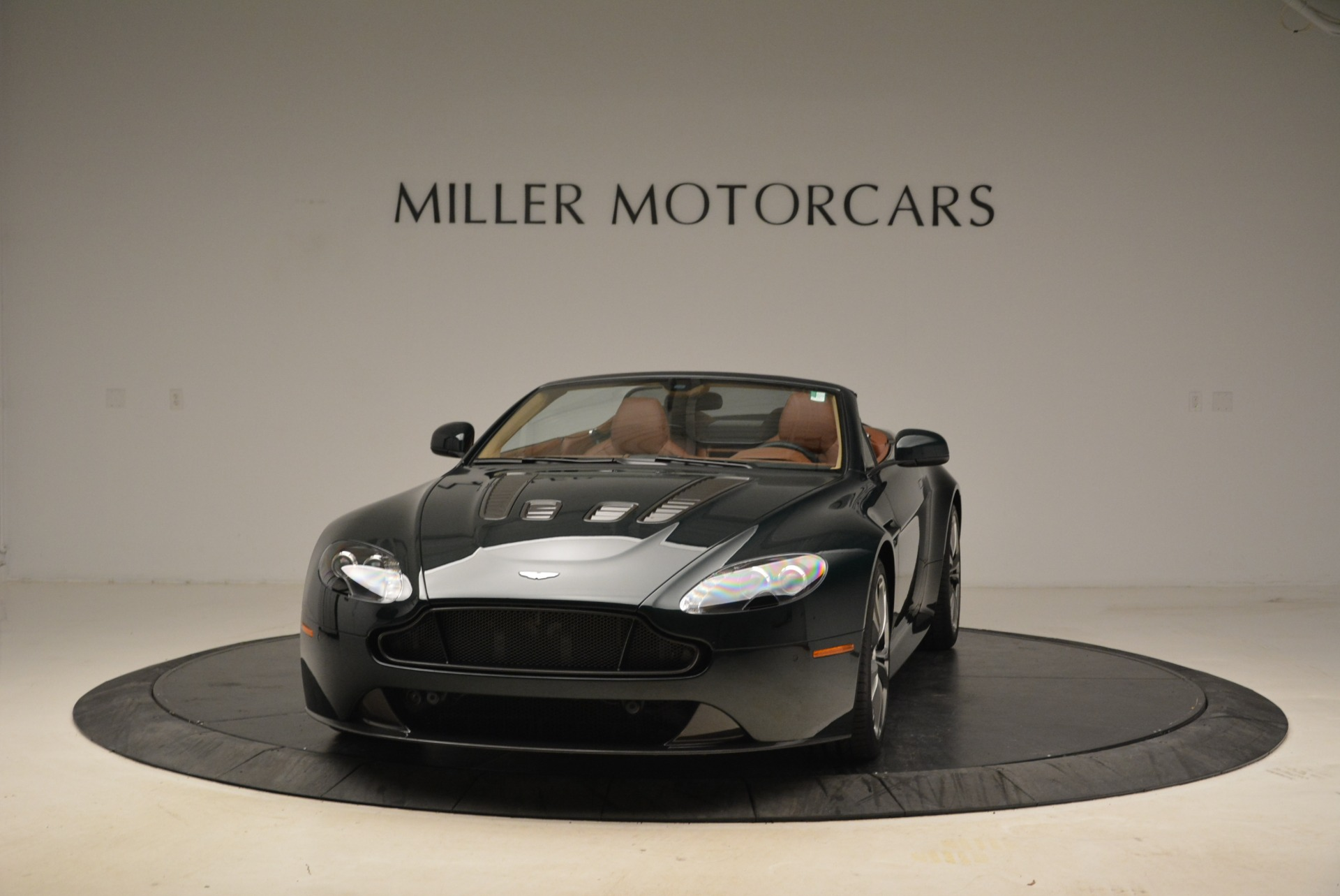 Used 2017 Aston Martin V12 Vantage S Roadster for sale Sold at Bentley Greenwich in Greenwich CT 06830 1