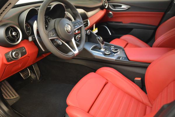 New 2018 Alfa Romeo Giulia Ti Sport Q4 for sale Sold at Bentley Greenwich in Greenwich CT 06830 13