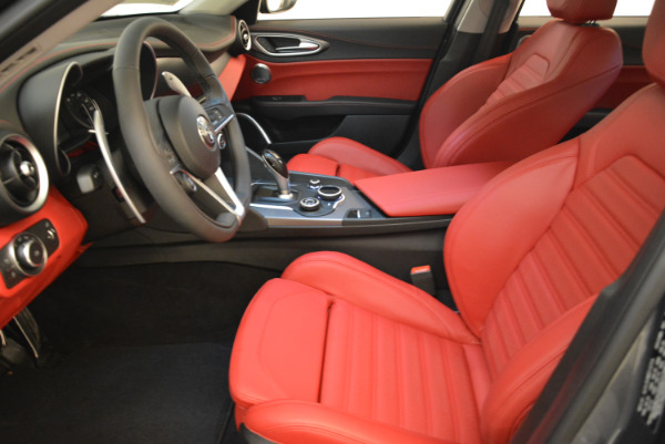 New 2018 Alfa Romeo Giulia Ti Sport Q4 for sale Sold at Bentley Greenwich in Greenwich CT 06830 14