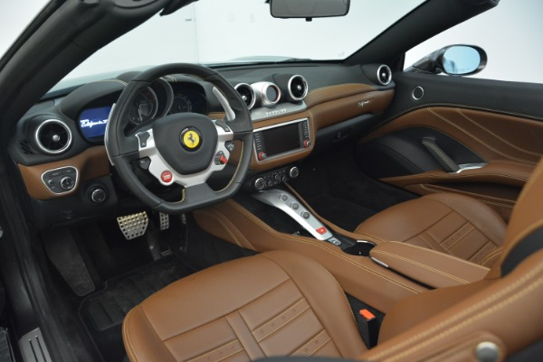 Used 2016 Ferrari California T for sale Sold at Bentley Greenwich in Greenwich CT 06830 25