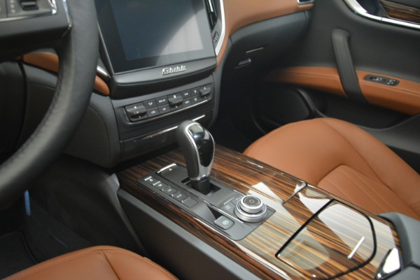 New 2018 Maserati Ghibli S Q4 for sale Sold at Bentley Greenwich in Greenwich CT 06830 17