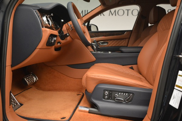 Used 2018 Bentley Bentayga Signature for sale Sold at Bentley Greenwich in Greenwich CT 06830 18