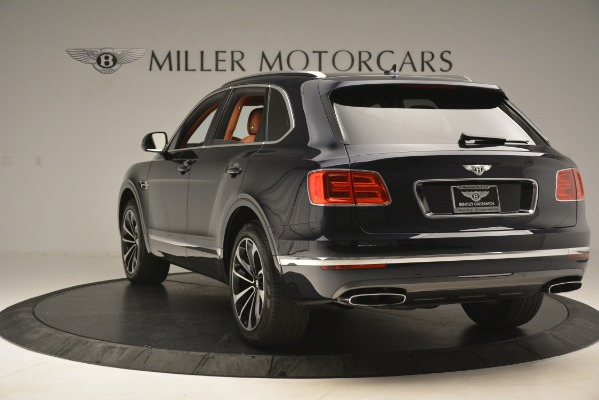 Used 2018 Bentley Bentayga Signature for sale Sold at Bentley Greenwich in Greenwich CT 06830 6