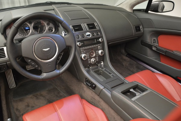 Used 2009 Aston Martin V8 Vantage Roadster for sale Sold at Bentley Greenwich in Greenwich CT 06830 26