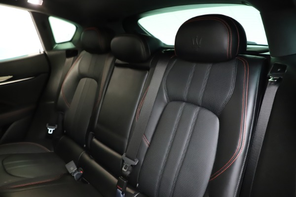 Used 2018 Maserati Levante Q4 GranSport for sale $53,900 at Bentley Greenwich in Greenwich CT 06830 21