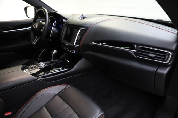 Used 2018 Maserati Levante Q4 GranSport for sale $53,900 at Bentley Greenwich in Greenwich CT 06830 28