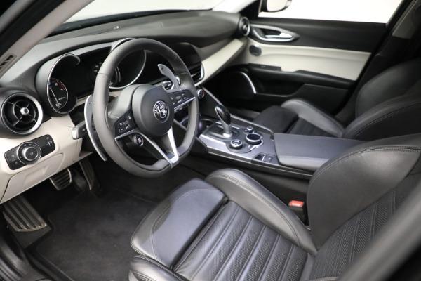 Used 2018 Alfa Romeo Giulia Ti Sport Q4 for sale $34,900 at Bentley Greenwich in Greenwich CT 06830 12