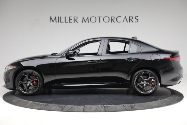Used 2018 Alfa Romeo Giulia Ti Sport Q4 for sale $34,900 at Bentley Greenwich in Greenwich CT 06830 3