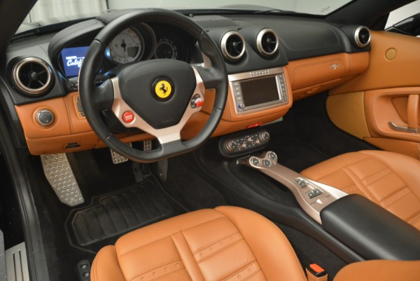 Used 2014 Ferrari California 30 for sale Sold at Bentley Greenwich in Greenwich CT 06830 25