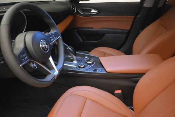 New 2018 Alfa Romeo Giulia Q4 for sale Sold at Bentley Greenwich in Greenwich CT 06830 14