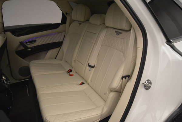 Used 2018 Bentley Bentayga Signature for sale Sold at Bentley Greenwich in Greenwich CT 06830 23