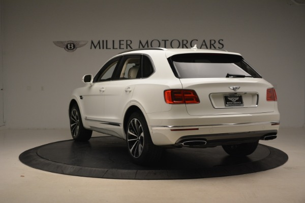Used 2018 Bentley Bentayga Signature for sale Sold at Bentley Greenwich in Greenwich CT 06830 5