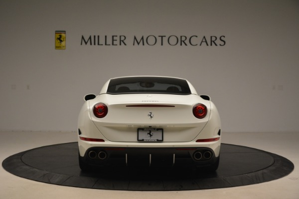 Used 2015 Ferrari California T for sale Sold at Bentley Greenwich in Greenwich CT 06830 18