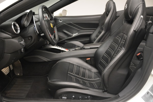 Used 2015 Ferrari California T for sale Sold at Bentley Greenwich in Greenwich CT 06830 26