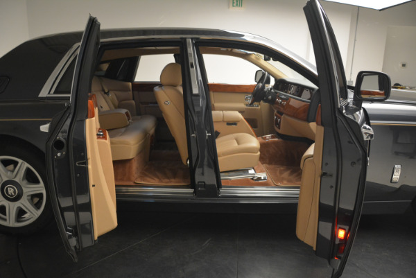 Used 2013 Rolls-Royce Phantom for sale Sold at Bentley Greenwich in Greenwich CT 06830 11