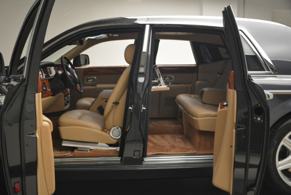 Used 2013 Rolls-Royce Phantom for sale Sold at Bentley Greenwich in Greenwich CT 06830 12