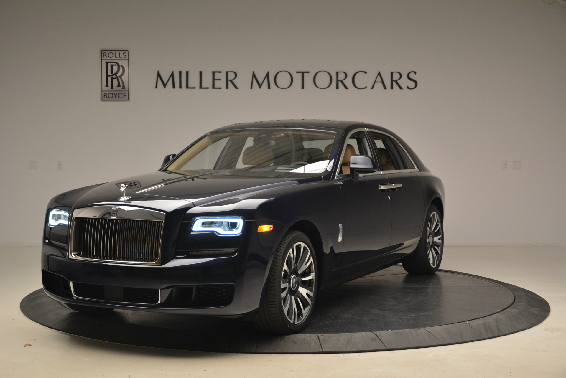Used 2018 Rolls-Royce Ghost for sale Sold at Bentley Greenwich in Greenwich CT 06830 1