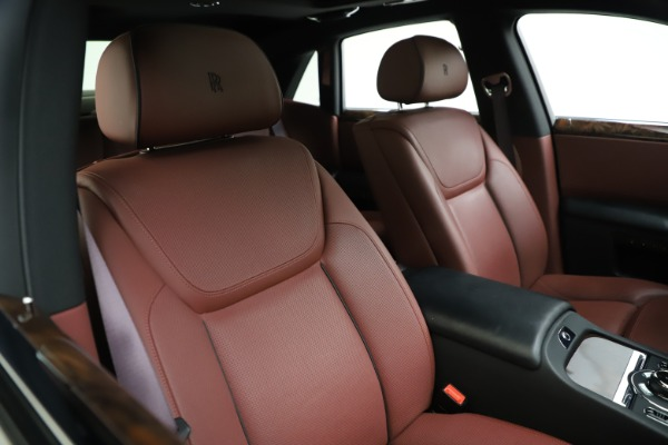 Used 2016 Rolls-Royce Ghost for sale $176,900 at Bentley Greenwich in Greenwich CT 06830 14