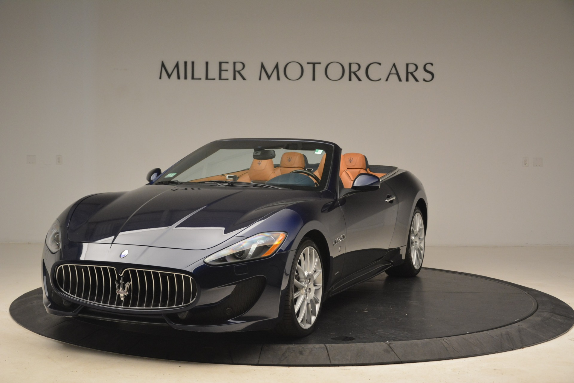 Used 2014 Maserati GranTurismo Sport for sale Sold at Bentley Greenwich in Greenwich CT 06830 1