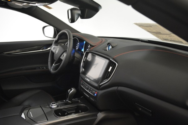New 2018 Maserati Ghibli S Q4 for sale Sold at Bentley Greenwich in Greenwich CT 06830 18