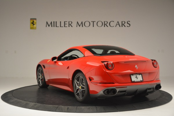 Used 2016 Ferrari California T Handling Speciale for sale Sold at Bentley Greenwich in Greenwich CT 06830 17