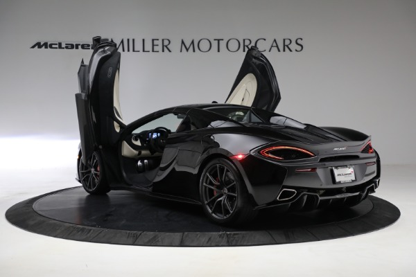 New 2018 McLaren 570S Spider for sale Sold at Bentley Greenwich in Greenwich CT 06830 24