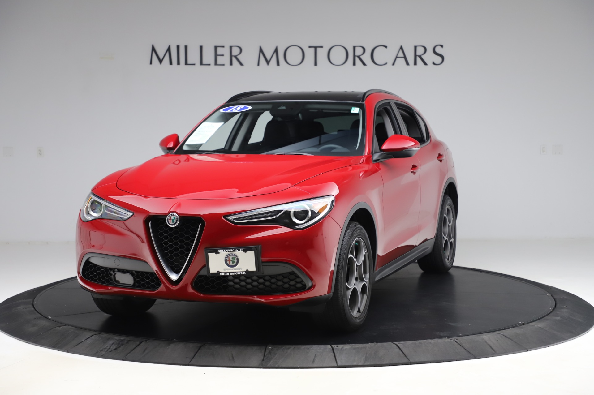 Used 2018 Alfa Romeo Stelvio Sport Q4 for sale Sold at Bentley Greenwich in Greenwich CT 06830 1