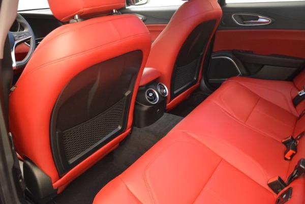 New 2018 Alfa Romeo Giulia Q4 for sale Sold at Bentley Greenwich in Greenwich CT 06830 16