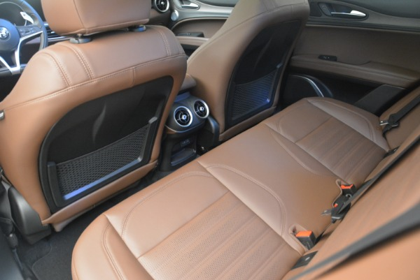 Used 2018 Alfa Romeo Stelvio Ti Sport Q4 for sale $32,900 at Bentley Greenwich in Greenwich CT 06830 17