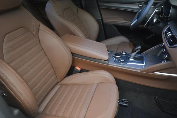 Used 2018 Alfa Romeo Stelvio Ti Sport Q4 for sale $32,900 at Bentley Greenwich in Greenwich CT 06830 22