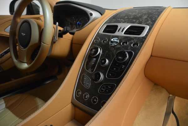 Used 2018 Aston Martin Vanquish S Coupe for sale $199,900 at Bentley Greenwich in Greenwich CT 06830 19