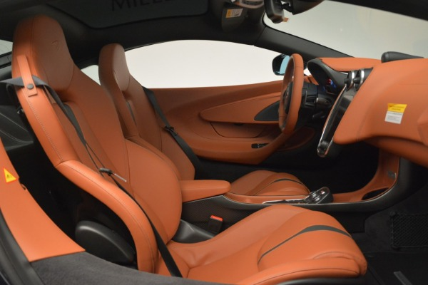 New 2018 McLaren 570GT Coupe for sale Sold at Bentley Greenwich in Greenwich CT 06830 20
