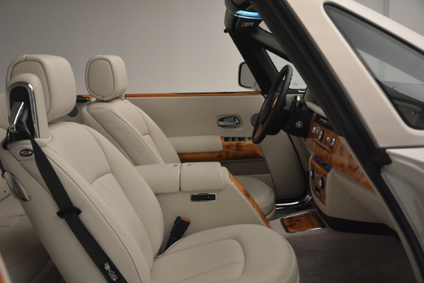 Used 2013 Rolls-Royce Phantom Drophead Coupe for sale Sold at Bentley Greenwich in Greenwich CT 06830 27
