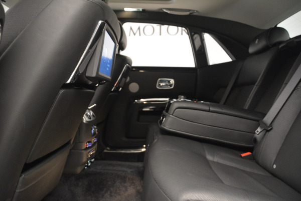 Used 2012 Rolls-Royce Ghost for sale Sold at Bentley Greenwich in Greenwich CT 06830 19