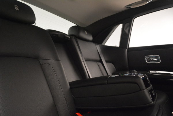 Used 2012 Rolls-Royce Ghost for sale Sold at Bentley Greenwich in Greenwich CT 06830 27